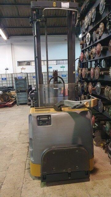 ATLET Elevador electrico pallet stacker