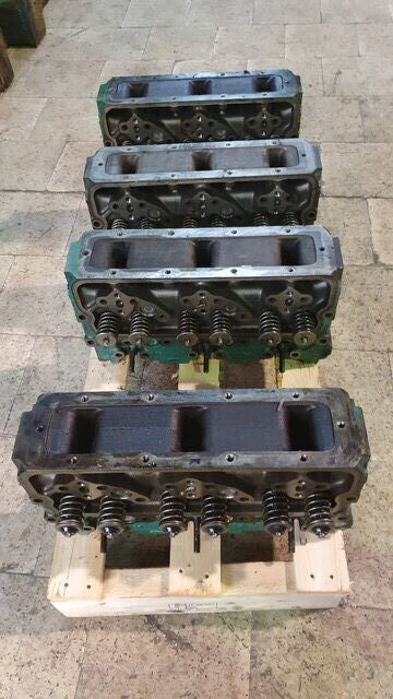 VOLVO Penta TD 70 / 71 /73 cylinder head for VOLVO truck