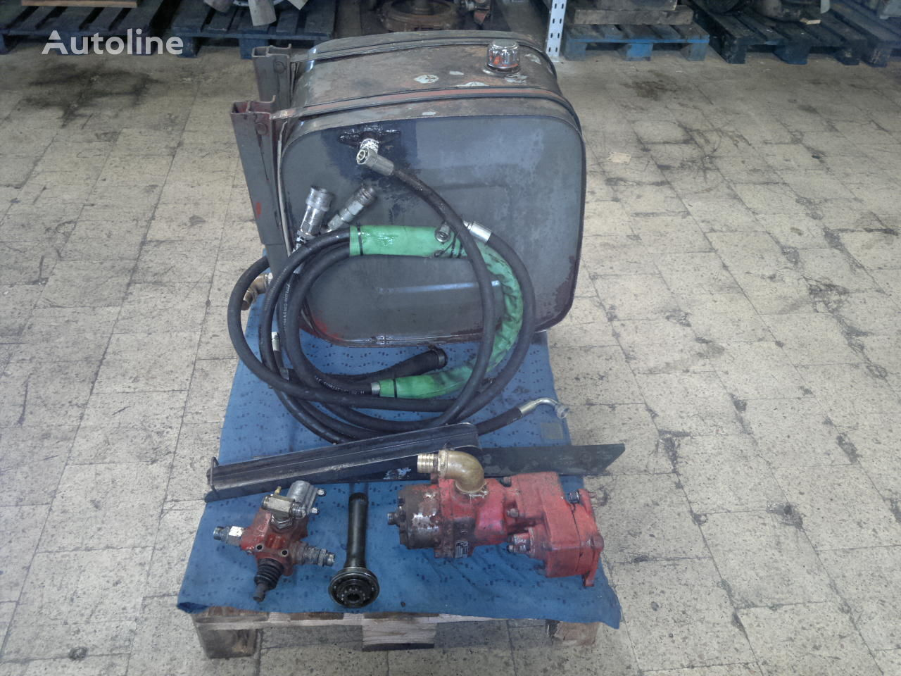 Hydraulic Kit Lkw fuel tank for tractor unit